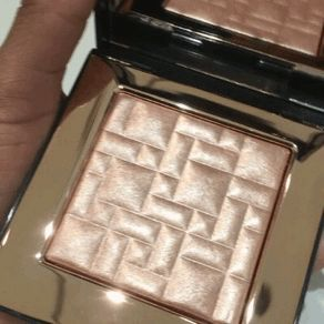 33e252863fdc8585bbc9cfeab5eeeffb--bobbi-brown-highlighter-bobbie-brown.jpg